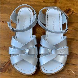 Metallic salt water sandals youth size 3